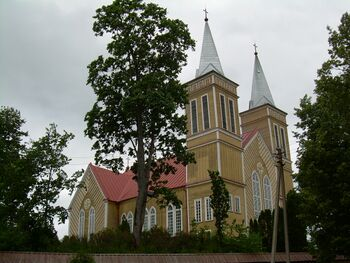 BZN Zarenai church front sideview left 2.jpg